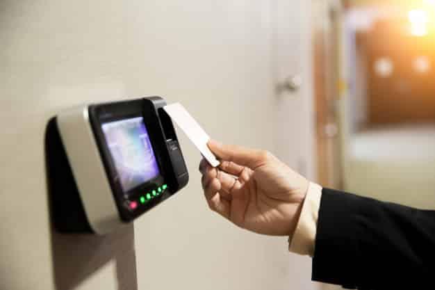 tarjetas con cinta magnética para control de acceso