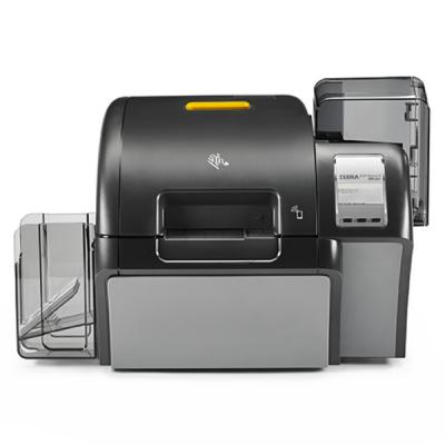 plastikko ofrece impresoras de credenciales zebra zxp9